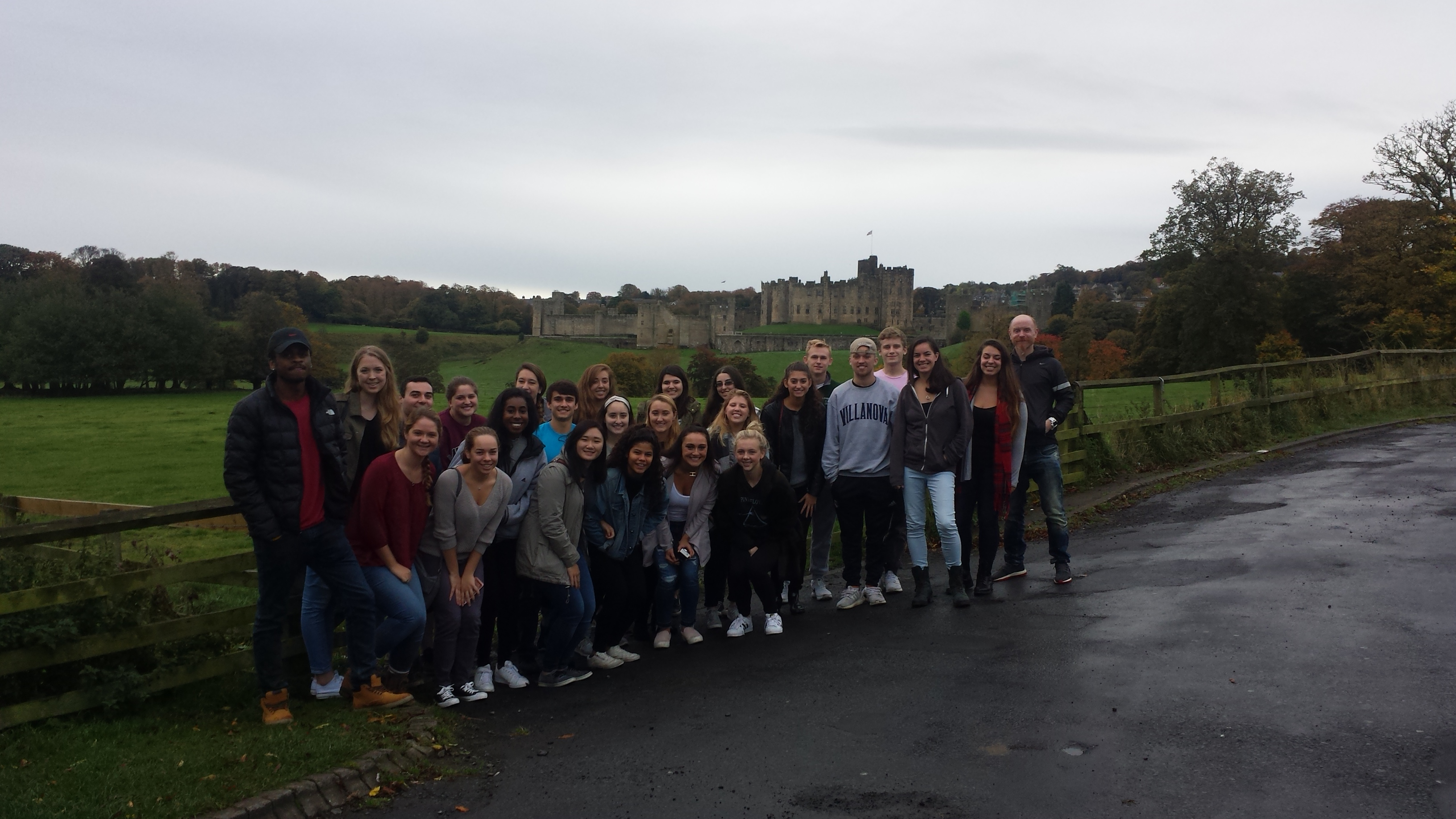 Loyola Students in front of Castle