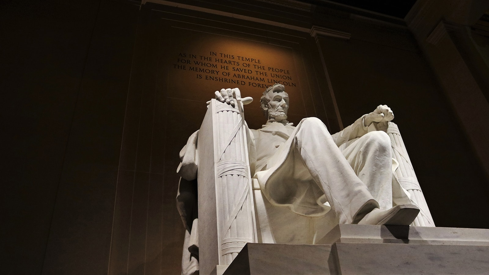 Photograph of the Statue of Abraham Lincoln at the Lincoln Memorial