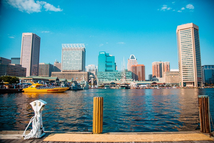 Clear sunny skies over the Baltimore City skyline