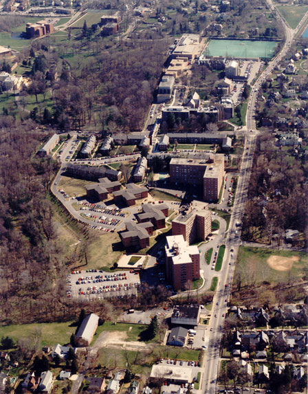 Aerial View of Loyola in 1990